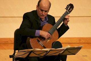 Jose Lezcano will be the featured faculty artist on Oct. 13.