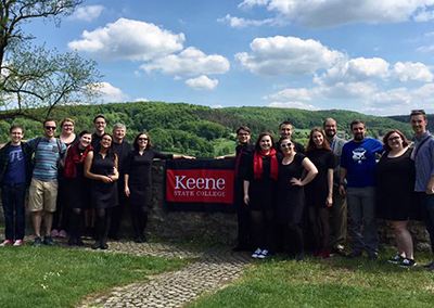 The KSC Chamber Singers at the ruins of Salzderhelden Castle.