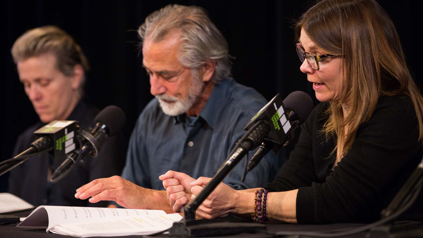 Famous actors perform a staged reading of an act from Long Day's Journey into Night.
