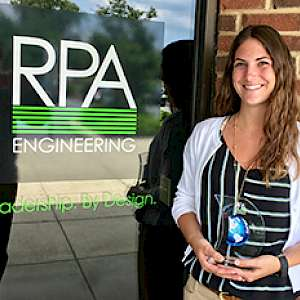 Taylor Warriner '15 with her Innovation Award...
