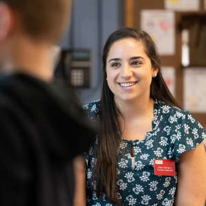 Lauren Mariano student teaching at Hinsdale Elementary School