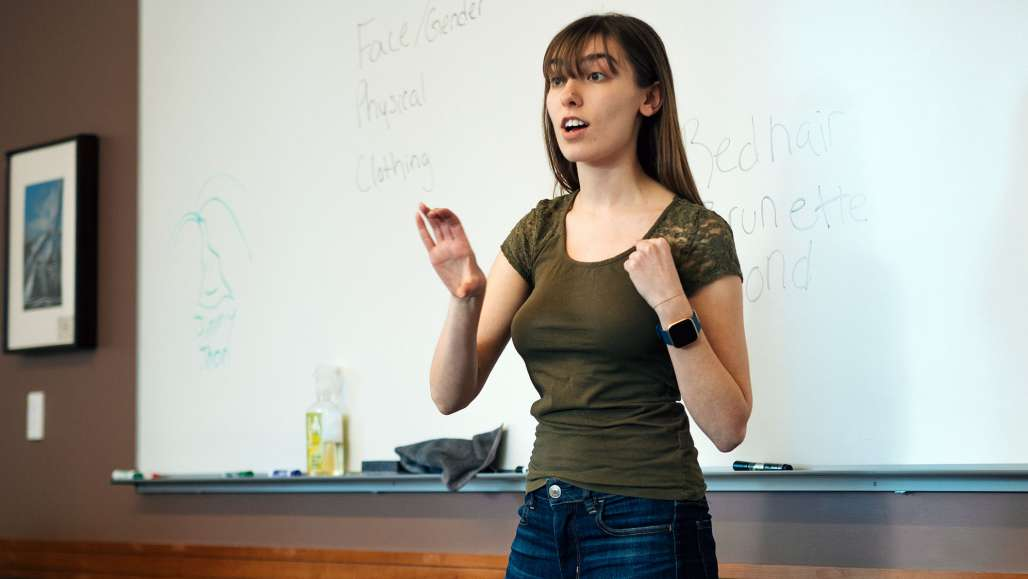 Students Learn American Sign Language in Owl Sign Language Club